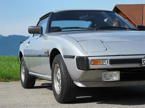 mazda rx-7 coupe silber 1979 1200x900 0004 5
