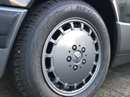 mercedes benz 190 e 2-3 schwarz 1991 0010 11