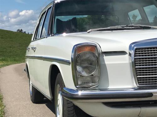 mercedes benz 250 strich acht weiss 1975 1200x900 0004 5