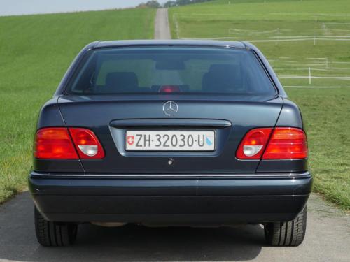 mercedes benz e 430 avantgarde schwarz 1998 0004 5