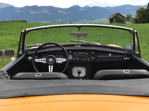 mg b cabriolet dunkelgelb 1972 0012 13