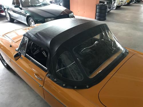 mg b cabriolet dunkelgelb 1972 0013 14
