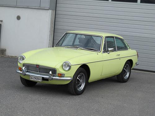 mg b gt coupe primrose yellow 1976 1200x900 0001 2