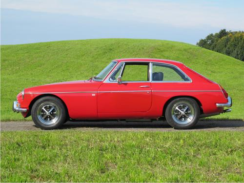 mg b gt coupe rot 1972 1200x900 0000 1