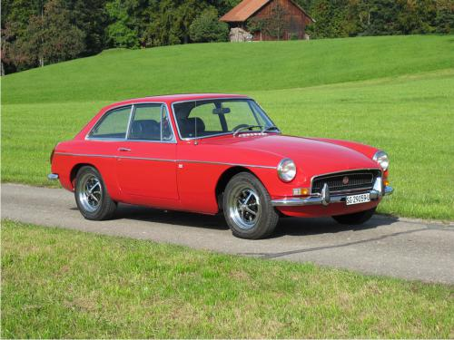 mg b gt coupe rot 1972 1200x900 0002 3