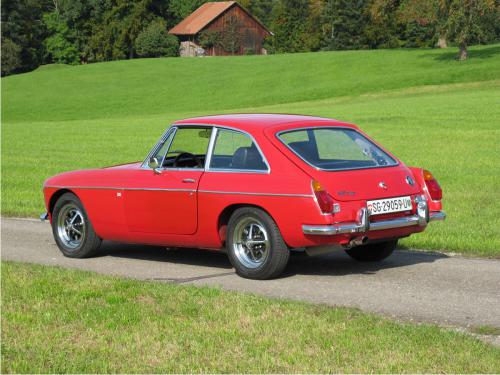 mg b gt coupe rot 1972 1200x900 0003 4
