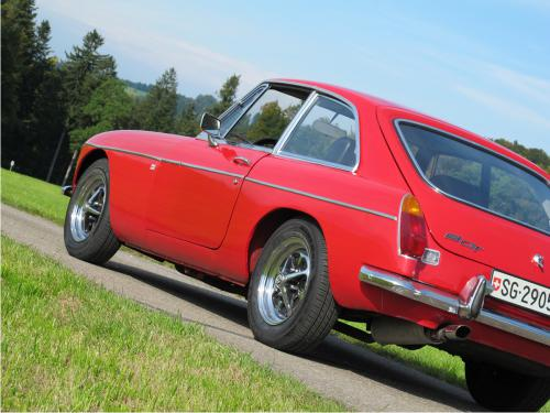 mg b gt coupe rot 1972 1200x900 0005 6
