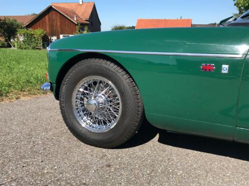 mg b roadster dunkelgruen 1972 0013 14