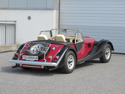 morgan plus 8 rot schwarz 1982 1200x900 0002 3