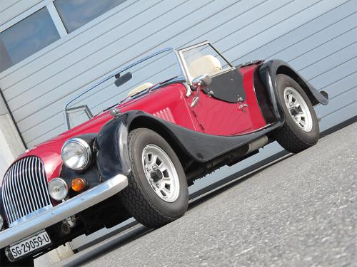 morgan plus 8 rot schwarz 1982 1200x900 0004 5