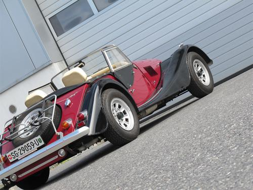 morgan plus 8 rot schwarz 1982 1200x900 0006 7