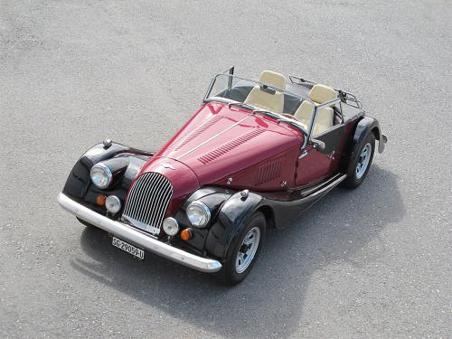 morgan plus 8 rot schwarz 1982 1200x900 0010 11