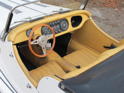 morgan roadster plus 4 weiss 1977 0009 Ebene 6
