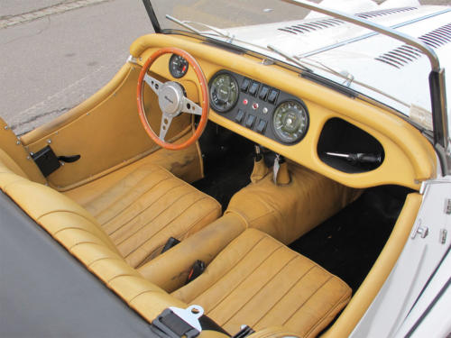 morgan roadster plus 4 weiss 1977 0010 Ebene 5