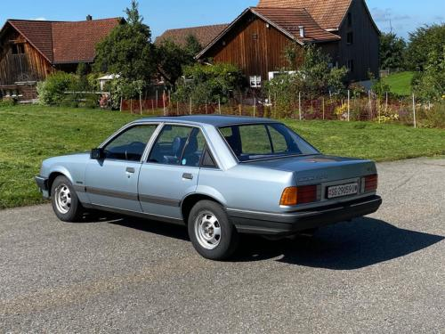 opel rekord e 2000 manual blau 1983 0003 IMG 4