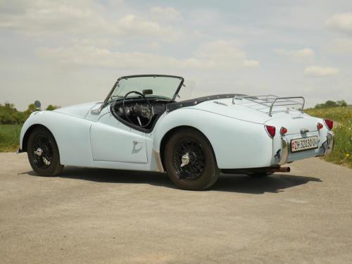 triumph tr3a powderblue 1958 0010 11