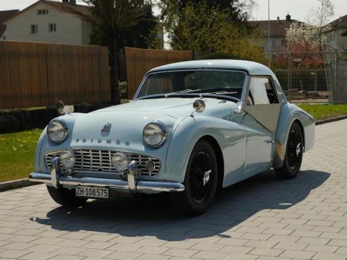 triumph tr3a powderblue 1958 0012 14