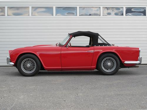 triumph tr4 roadster rot 1963 1200x900 0000 1