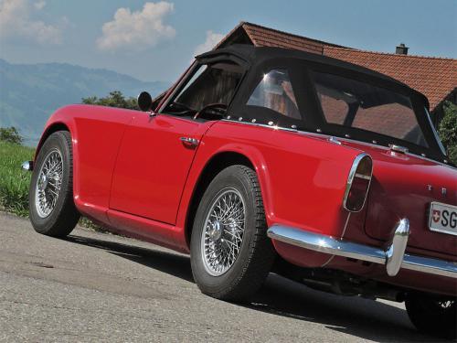 triumph tr4 roadster rot 1963 1200x900 0005 6