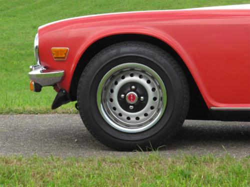 triumph tr6 doppelvergaser rot 1976 1200x900 0009 10