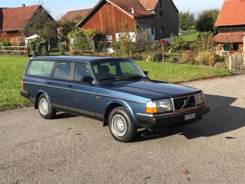 volvo 240 classic kombi dunkelblau automatic 1993 0002 Ebene 13