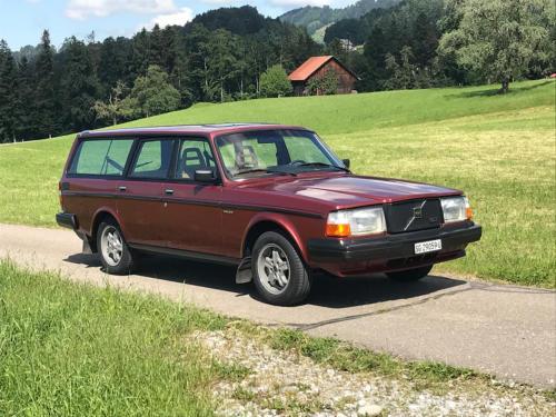 volvo 245 glt classic kombi rotbraun 1983 0001 2