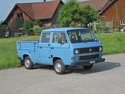 vw bus t3 doka blau 1988 1200x900 0002 3