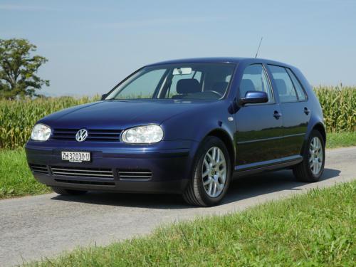 vw golf IV 1-8 T 180PS dunkelblau 2003 0001 2