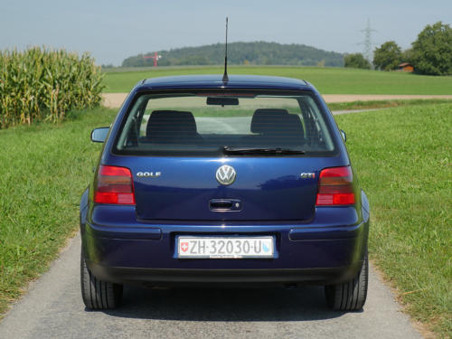 vw golf IV 1-8 T 180PS dunkelblau 2003 0004 5