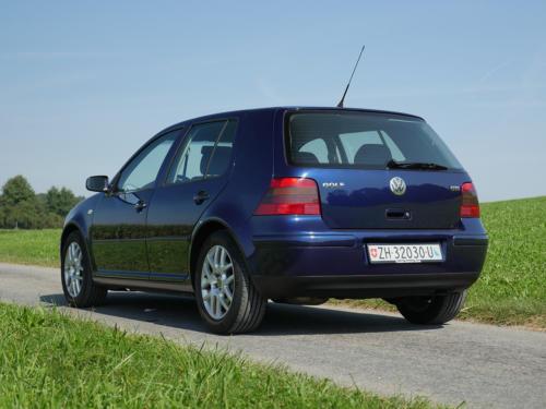 vw golf IV 1-8 T 180PS dunkelblau 2003 0005 6
